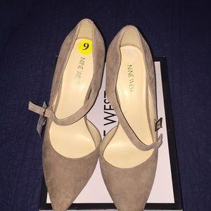 Natural high heel shoes